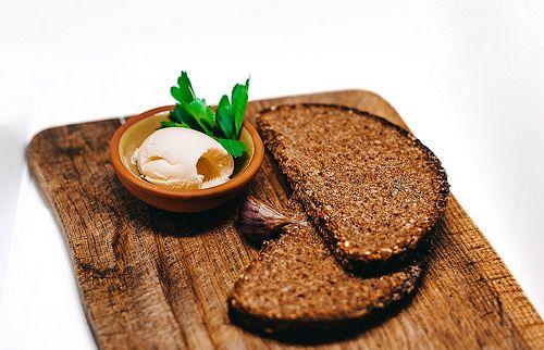 Cómo preparar tu propio pan supernutritivo y bajo en gluten